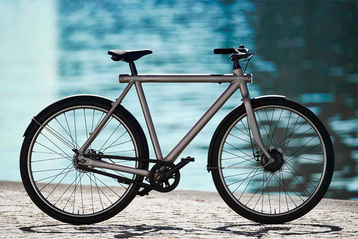VanMoof Electrified S, una bicicleta eléctrica diseñada para hacer la vida imposible a los ladrones