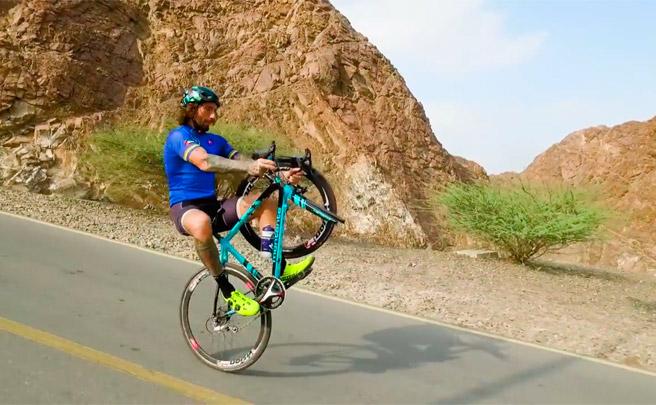Freestyle extremo con Vittorio Brumotti en las cinco sedes del Dubái Tour 2017