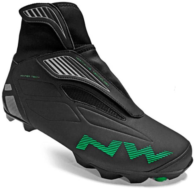 En TodoMountainBike: Northwave Husky, unas zapatillas invernales para ciclistas de precio competitivo