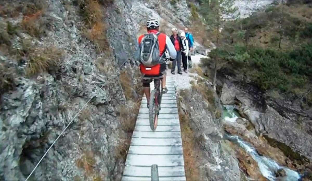En TodoMountainBike: 12 minutos de caídas practicando Mountain Bike para empezar el año bien prevenidos