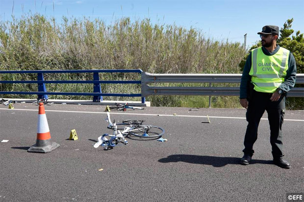 En TodoMountainBike: Lección básica de seguridad vial: drogas + alcohol + coche = ciclistas muertos