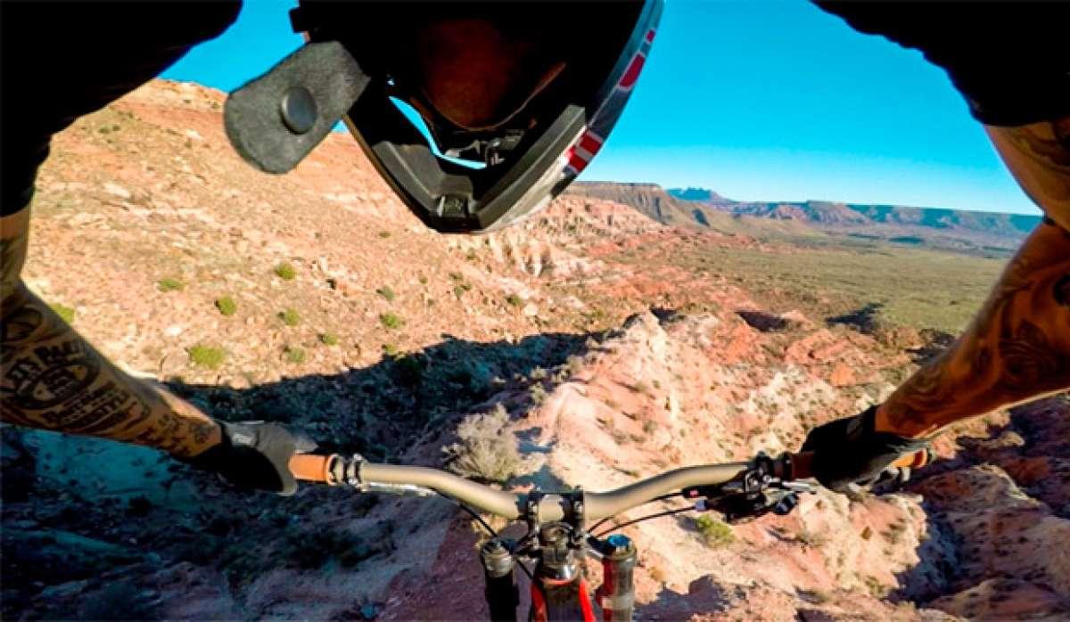 """Andreu Lacondeguy rodando por la """"King Kong"""" de Utah (USA) con el estabilizador Karma Grip de GoPro"""