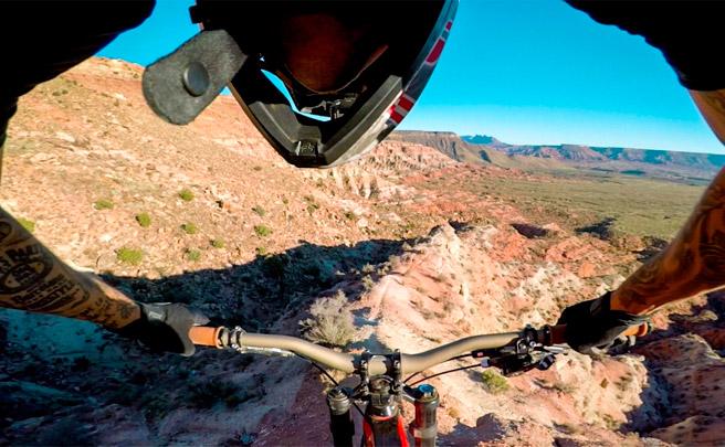 Andreu Lacondeguy rodando por la 'King Kong' de Utah (USA) con el estabilizador Karma Grip de GoPro