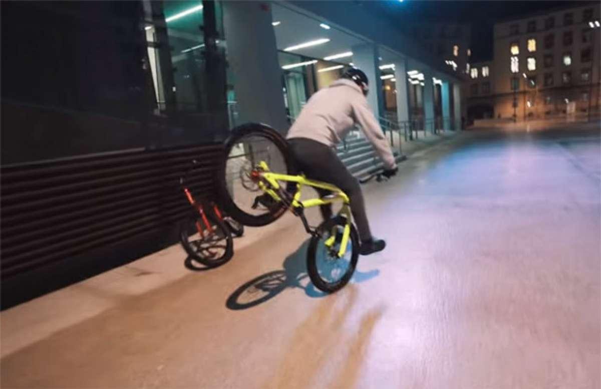 """Sesión de """"Trial Bike"""" urbano bajo la lluvia con Fabio Wibmer y Elias Schwärzler"""