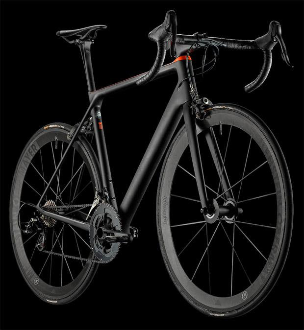 """Canyon Ultimate CF EVO 10.0 SL, una espectacular """"flaca"""" de menos de 5 kilos"""