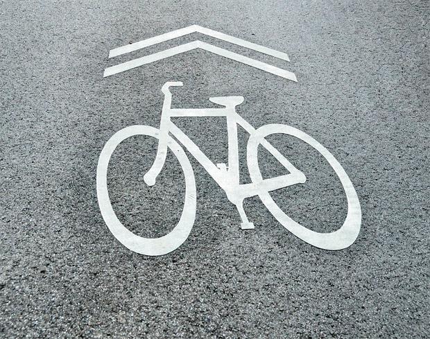 En TodoMountainBike: La primera tontería del año: carné por puntos, matrícula y seguro obligatorio para ciclistas, según el RACE