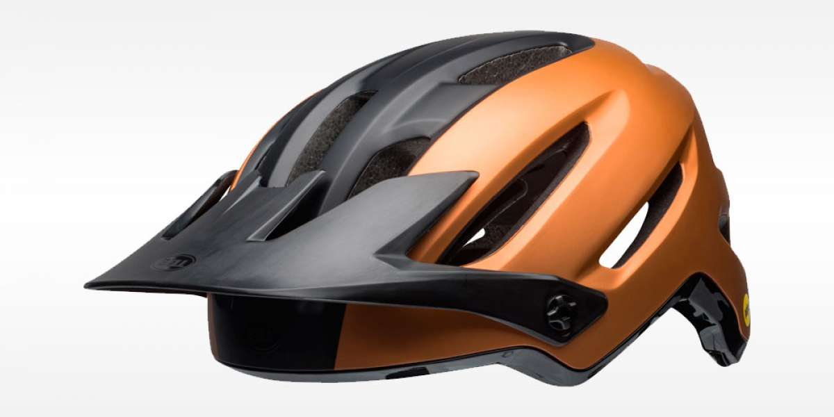Bell 4Forty, un casco económico para iniciarse en el All Mountain