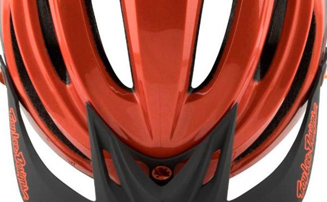 Casco Troy Lee Designs A2, redefiniendo el concepto de seguridad para ciclistas