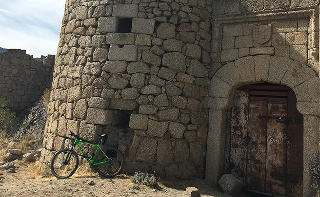 La foto del día en TodoMountainBike: 'Castillo de Manqueospese'