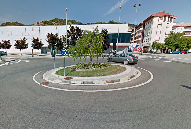 En TodoMountainBike: Un ciclista atropellado mortalmente mientras calentaba para la Copa Caja Rural de Estella por un conductor octogenario