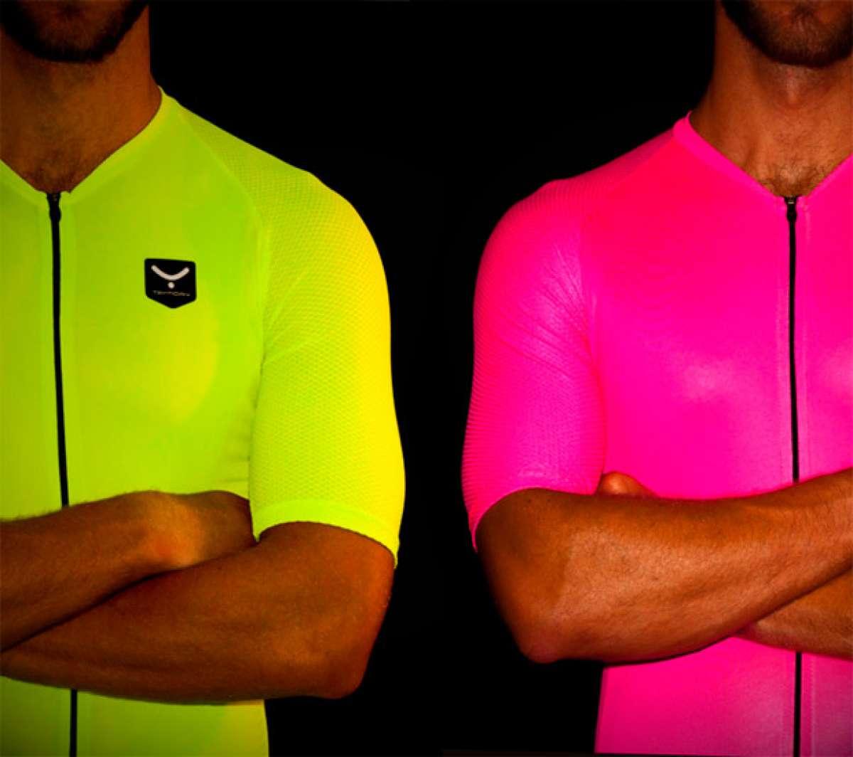 Colores de alta visibilidad para la nueva colección de culottes y maillots Taymory Plutón