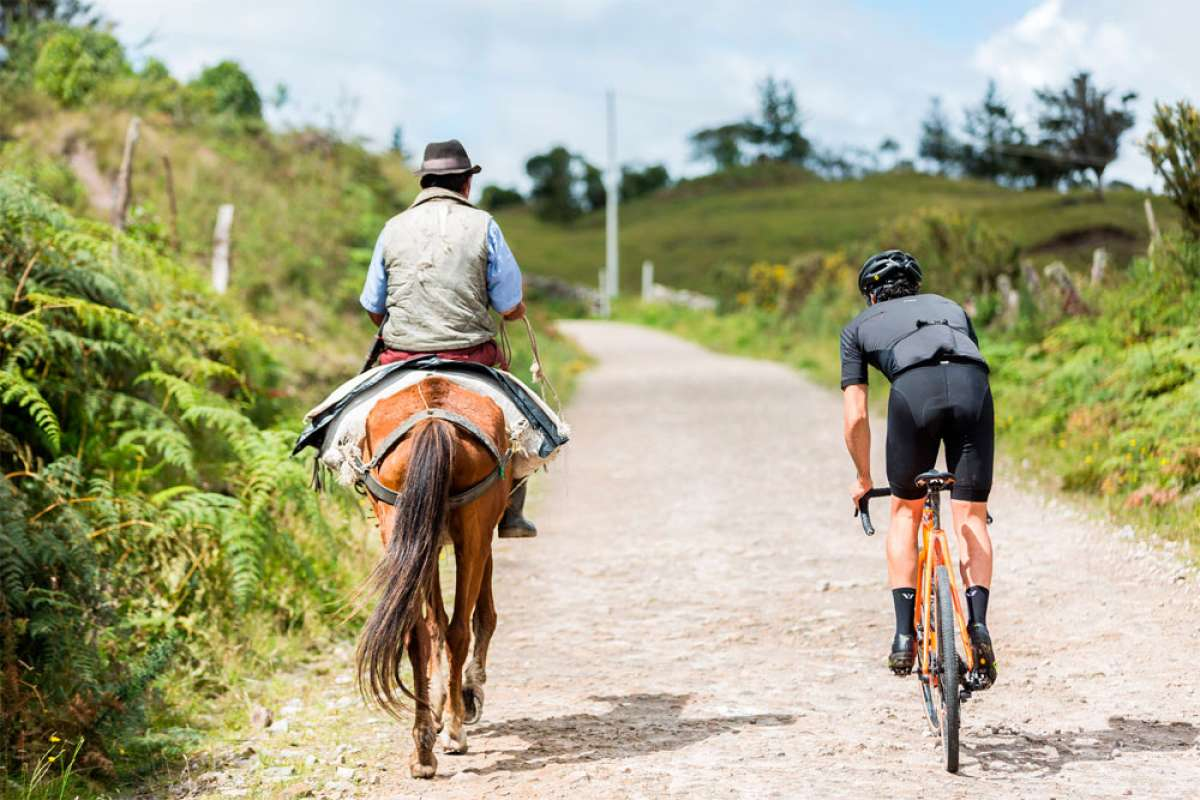 En TodoMountainBike: Rodando por los Andes colombianos con la Cannondale SuperX SE