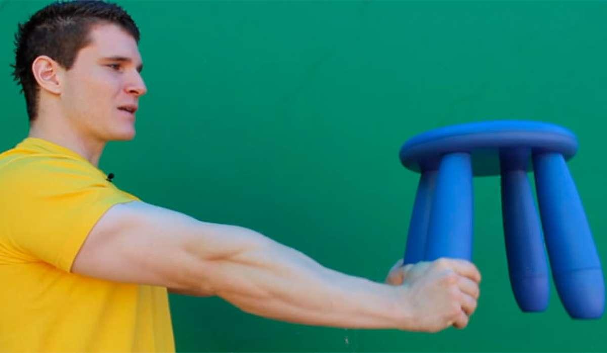 Cómo entrenar los antebrazos en casa sin material específico para ello