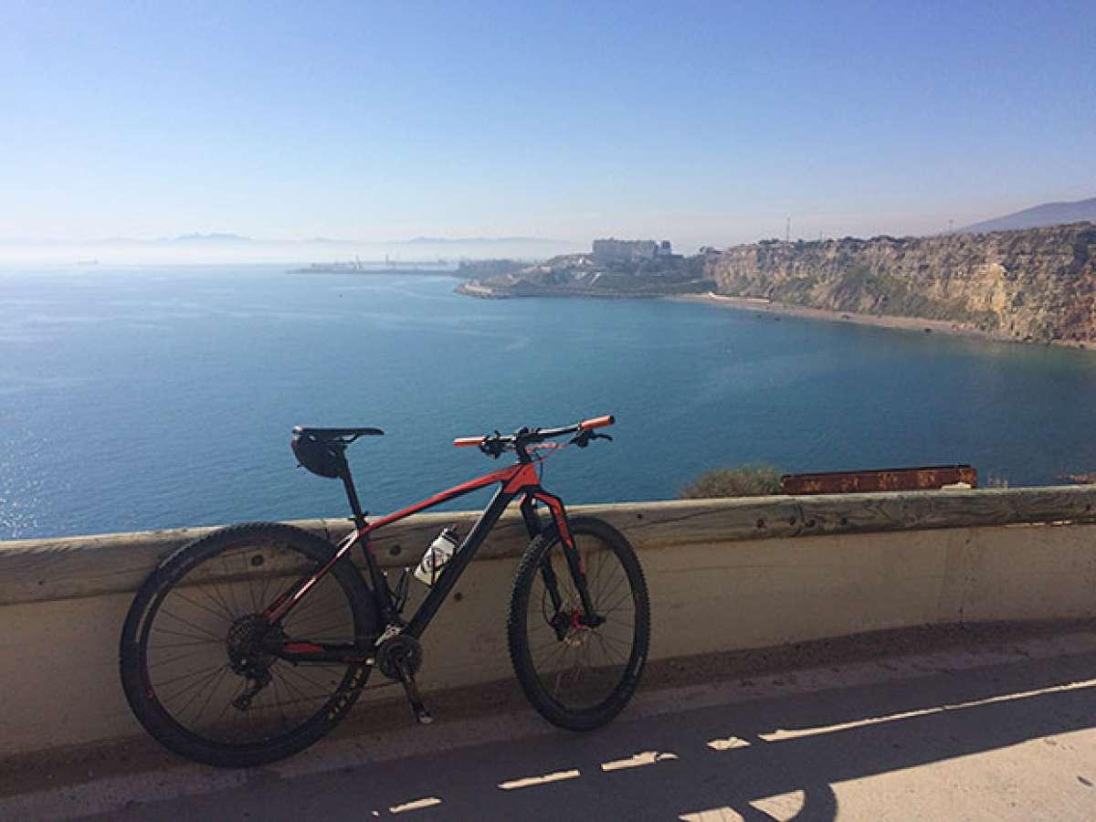 En TodoMountainBike: La foto del día en TodoMountainBike: 'Vista de la costa de Melilla'