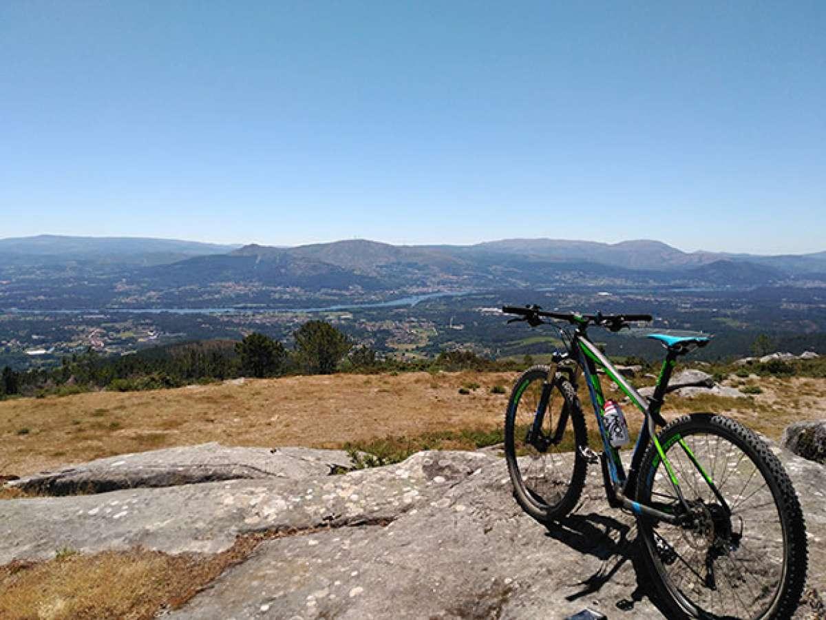 """La foto del día en TodoMountainBike: """"Cumbre del Monte Vilachán"""""""