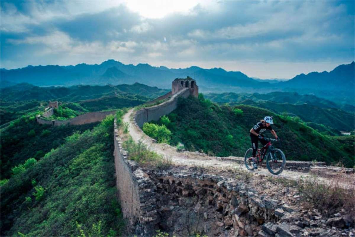 Mountain Bike en la Gran Muralla China con David Cachon