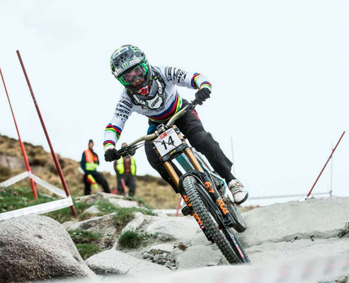 En TodoMountainBike: ¿Cómo bajan las 29er? Danny Hart y su Mondraker Summum 29 en las British Downhill Series de Fort William