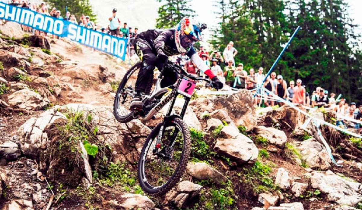 En TodoMountainBike: Los descensos ganadores de Greg Minnaar y Myriam Nicole en la Copa del Mundo DHI 2017 de Lenzerheide