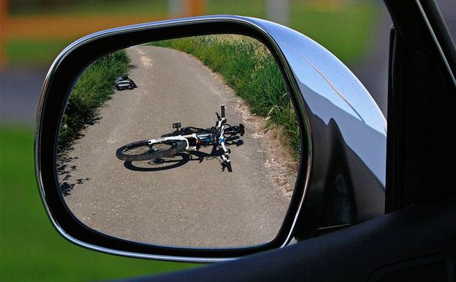 Para conductores: las diferencias entre atropellar a un ciclista y asesinar a un ciclista