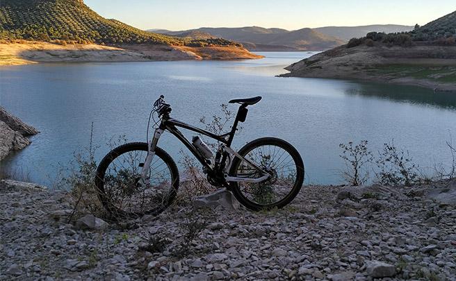La foto del día en TodoMountainBike: 'Pantano de Iznájar'