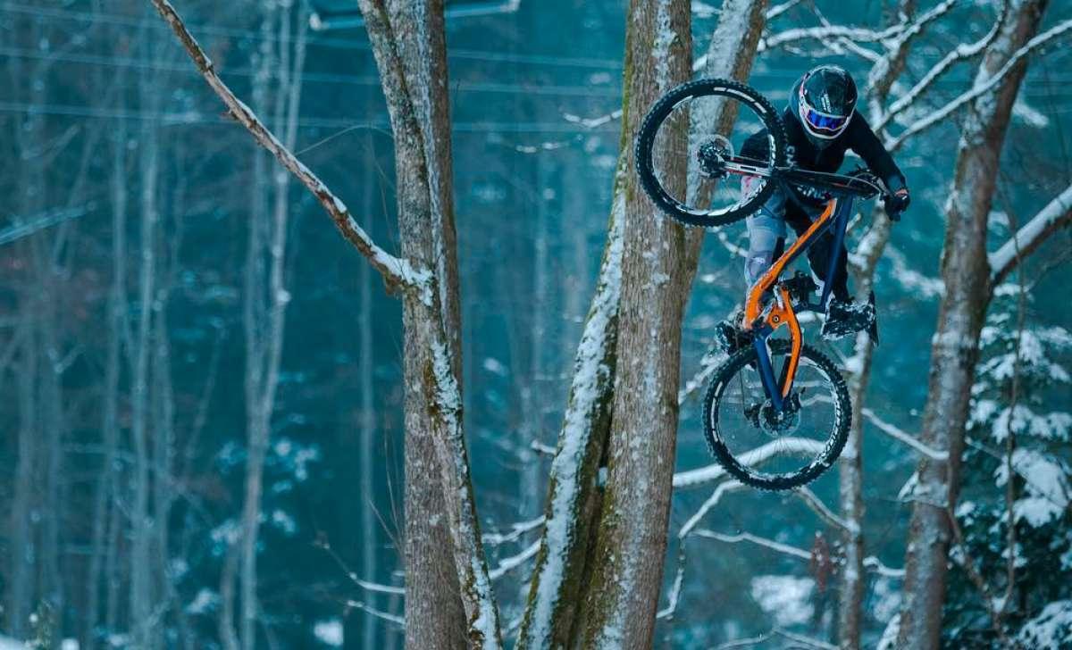 Freeride sobre las pistas nevadas de los Alpes con Vincent Tupin y su Scott Gambler