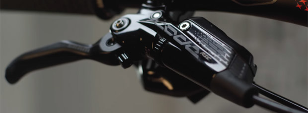 Frenos SRAM Code 2018, más potencia, ligereza y modulación para el retorno de un clásico