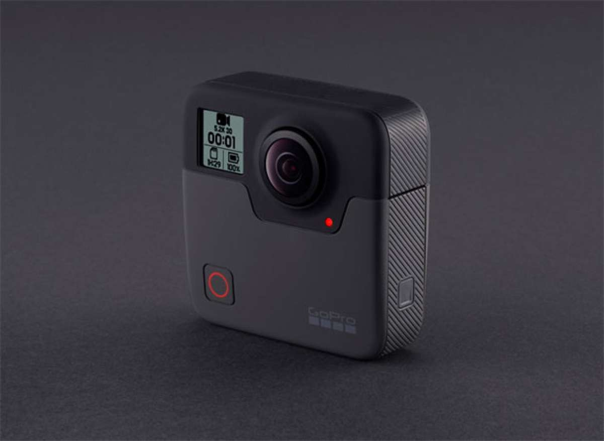 En TodoMountainBike: Detalles y precio de la GoPro Fusion, la primera cámara con captura a 360º del fabricante