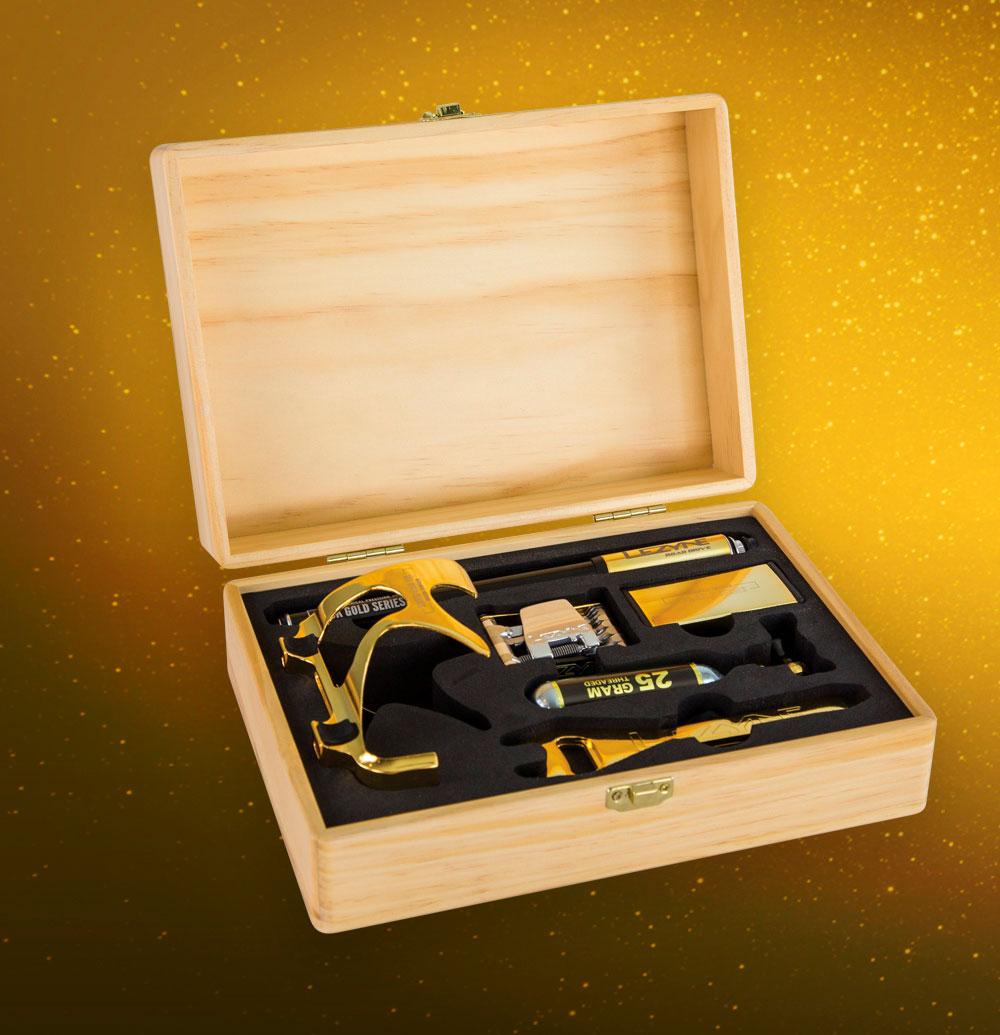 Exclusivos accesorios ciclistas bañados en oro con el Lezyne 18K Gold Edition Kit