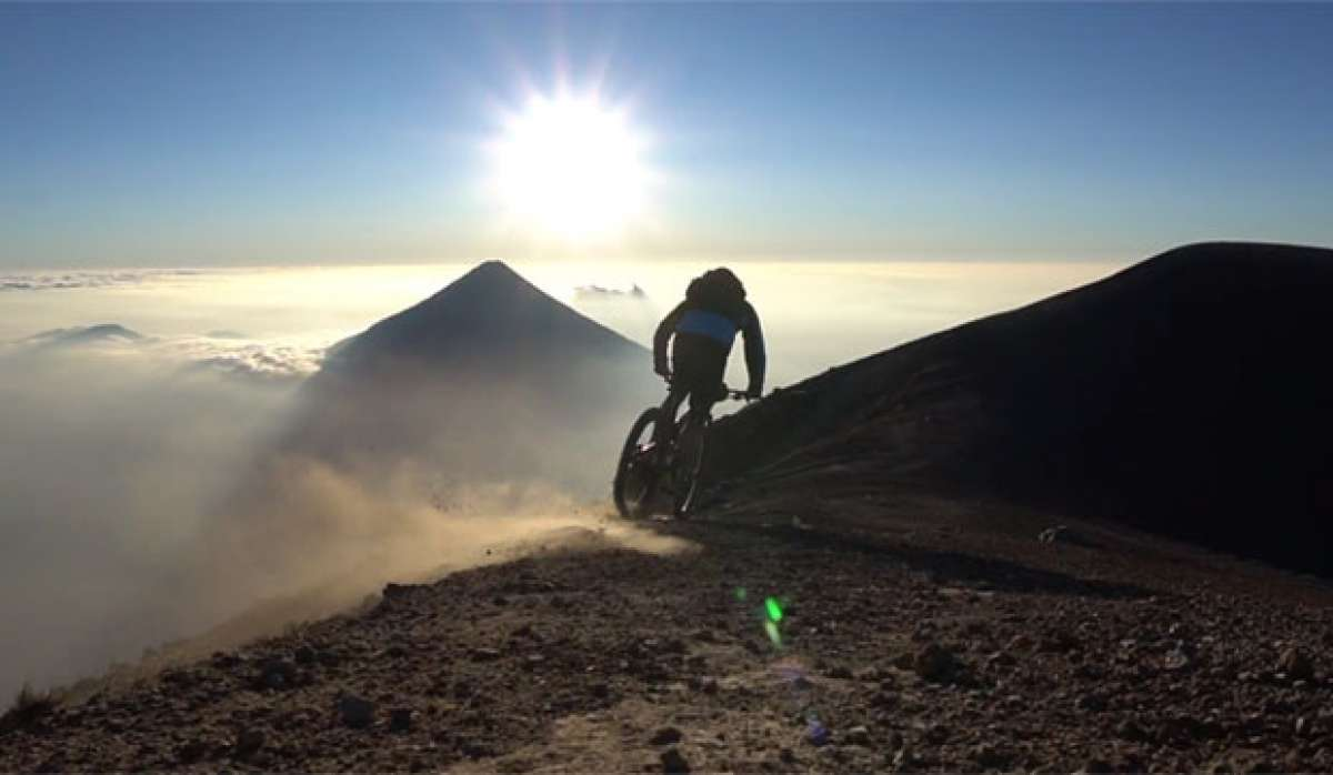 En TodoMountainBike: Rodando por los volcanes de Guatemala con Tito Tomasi