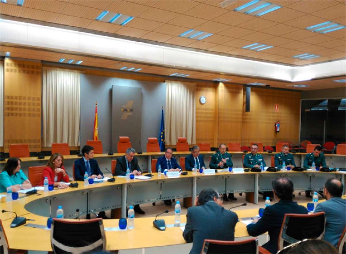 En TodoMountainBike: Las nuevas medidas de la DGT para reducir la accidentabilidad de los ciclistas en España
