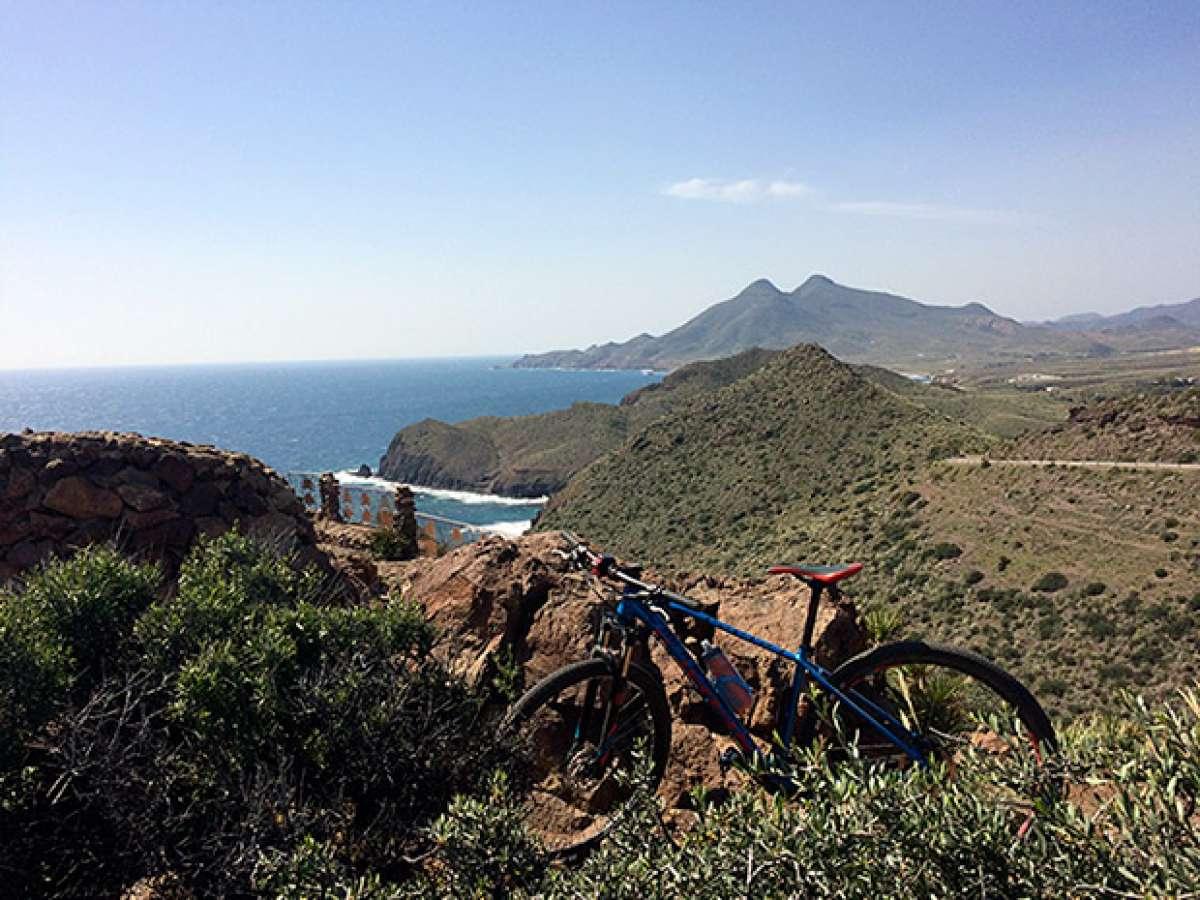 En TodoMountainBike: La foto del día en TodoMountainBike: 'Desde el Cabo de Gata'