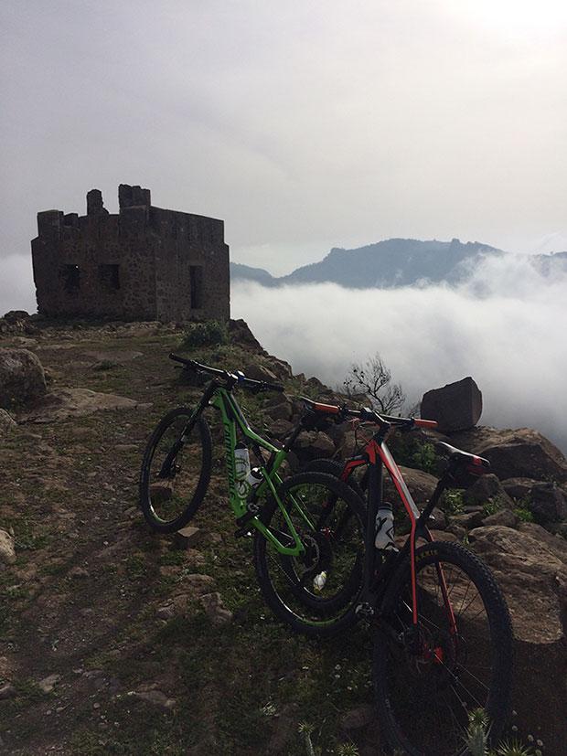 """La foto del día en TodoMountainBike: """"Castillo del Kola (Monte Gurugú - Marruecos)"""""""