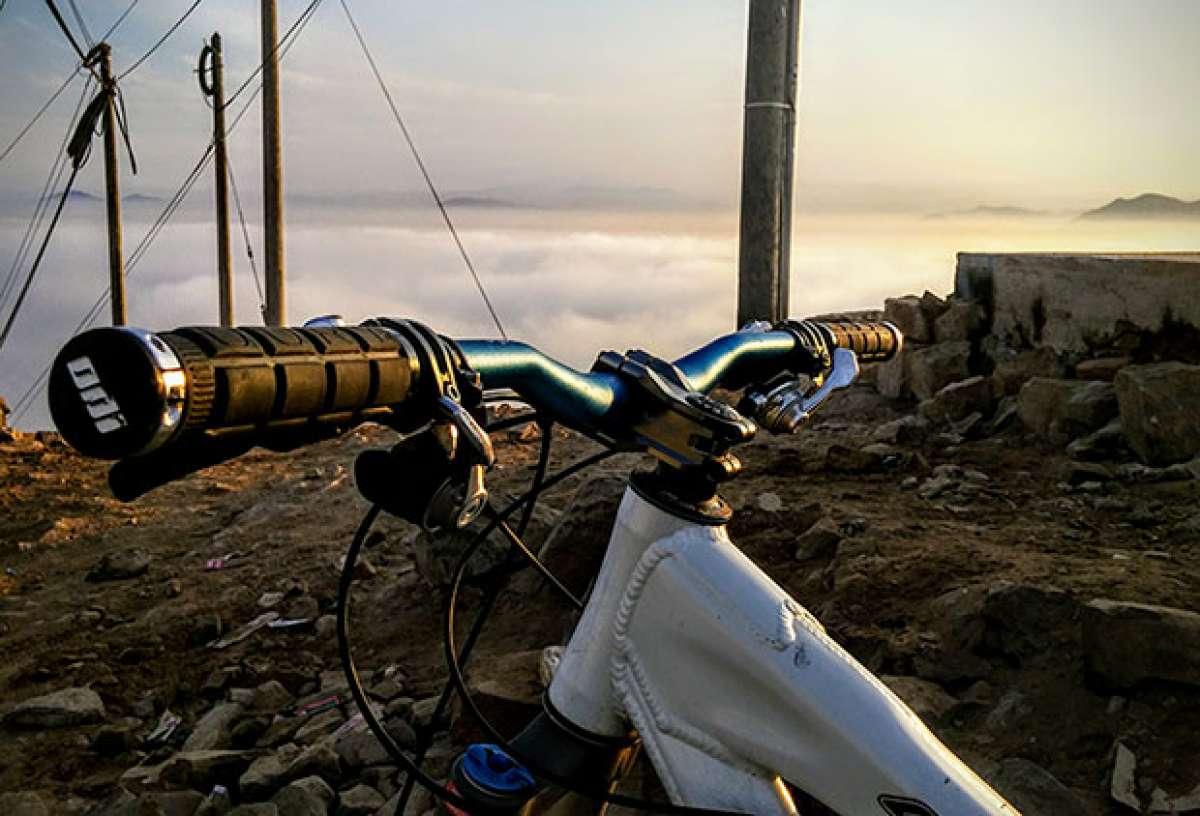 En TodoMountainBike: La foto del día en TodoMountainBike: 'Sobre las nubes'