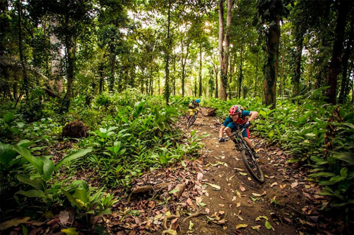 Mountain Bike en Costa Rica con Holger Meyer y compañía