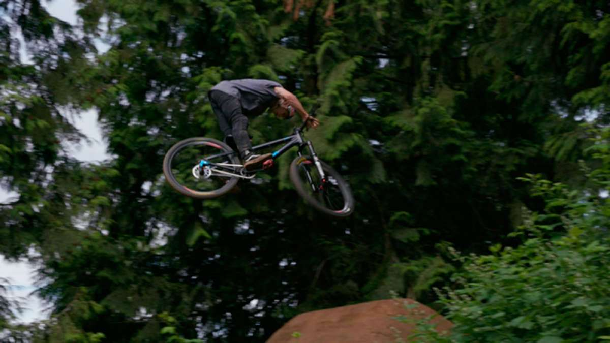En TodoMountainBike: Slopestyle en estado puro con Anthony Messere y el cineasta Rupert Walker