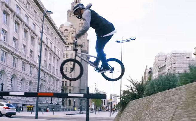 BMX urbano por las calles de Liverpool con Paul Ryan y su Mongoose Fraction