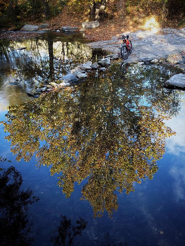 En TodoMountainBike: La foto del día en TodoMountainBike: 'En el río Genil'