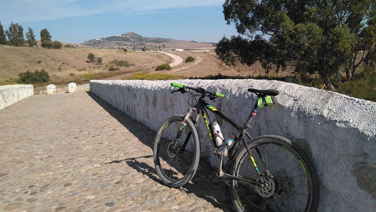 En TodoMountainBike: La foto del día en TodoMountainBike: 'Puente Romano de la Hoya'