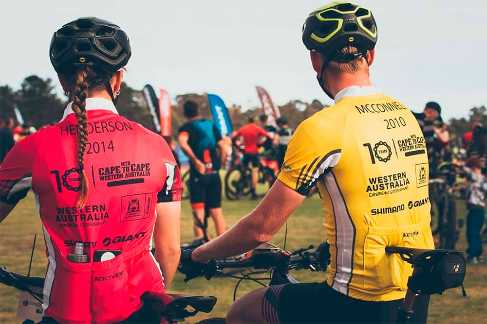 En TodoMountainBike: El Primaflor-Mondraker-Rotor Team refuerza filas con los australianos Rebecca Henderson y Daniel McConnell