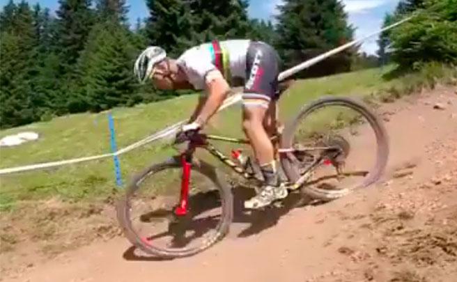 El circuito de la Copa del Mundo XCO 2017 de Lenzerheide, desde la bicicleta de Nino Schurter