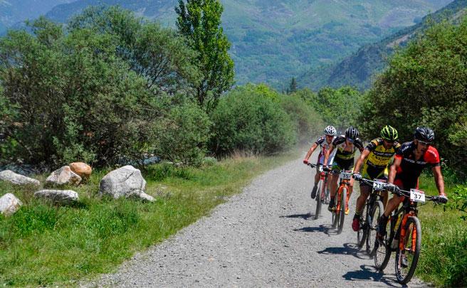 Francesc Guerra y Magda Duran, vencedores de la Copa Catala Internacional BTT Biking Point 2017