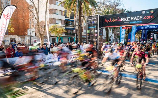 Pedro Romero y Raiza Goulao, vencedores de la penúltima etapa de la Andalucía Bike Race 2017