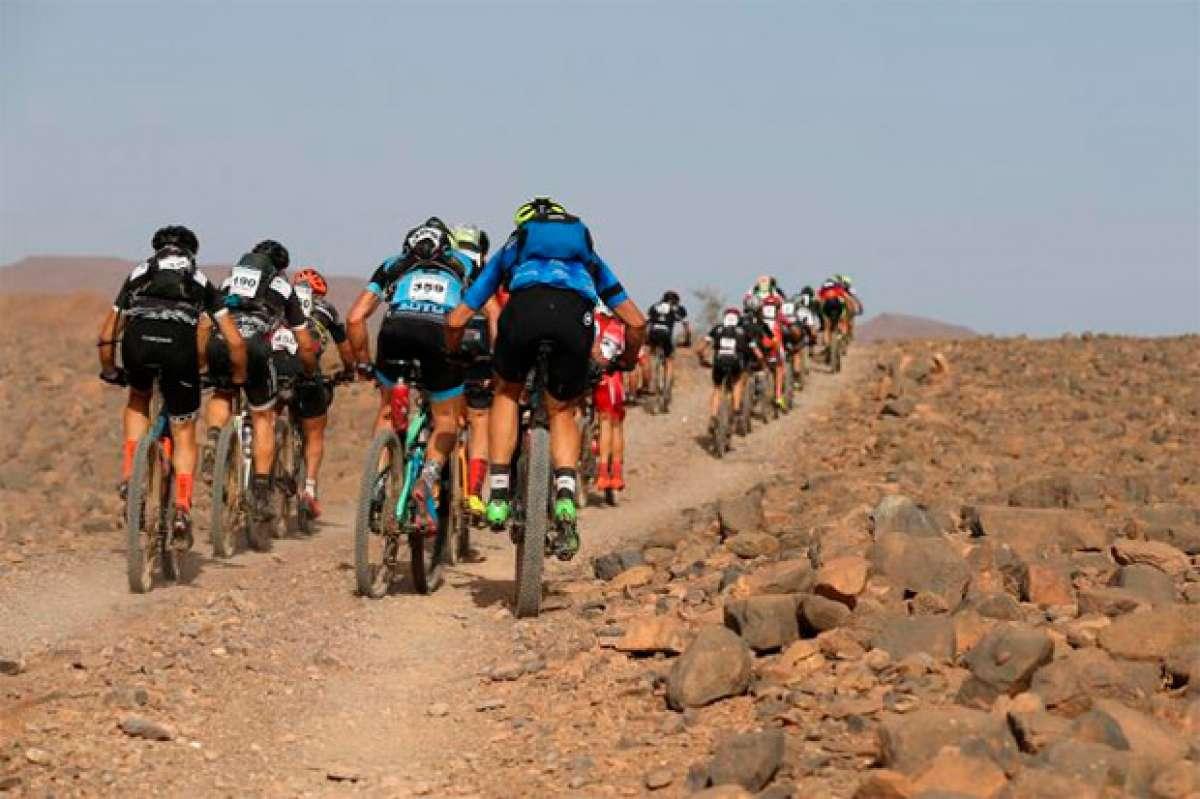 Josep Betalú y Anna Ramírez, líderes la GAES Titan Desert by Garmin 2017 tras la etapa reina