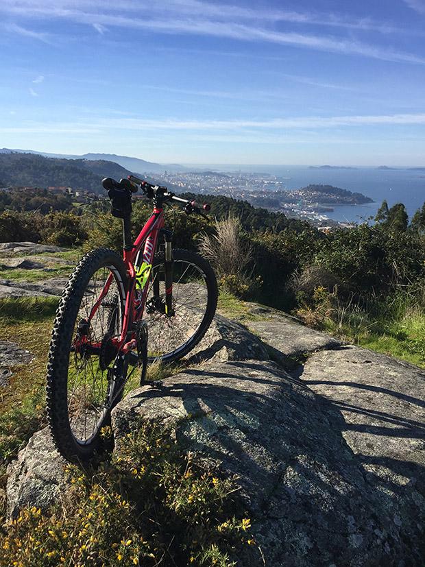"""La foto del día en TodoMountainBike: """"Vista de la Ría de Vigo"""""""