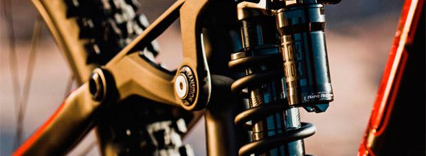 Los nuevos amortiguadores RockShox Super Deluxe Coil en acción