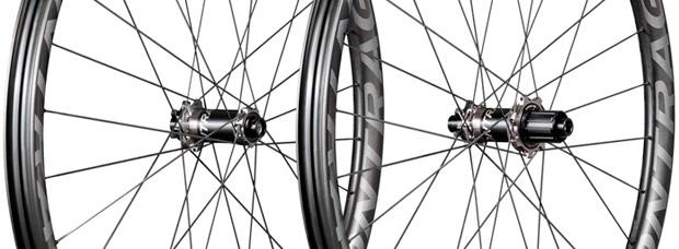 Bontrager Line Pro 30 TLR, ruedas de carbono para Trail/Enduro a precio accesible