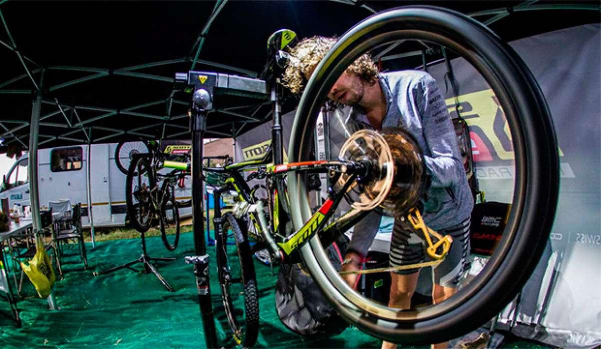 En TodoMountainBike: Así trabaja el servicio mecánico del SCOTT-SRAM MTB Racing en la Absa Cape Epic 2017