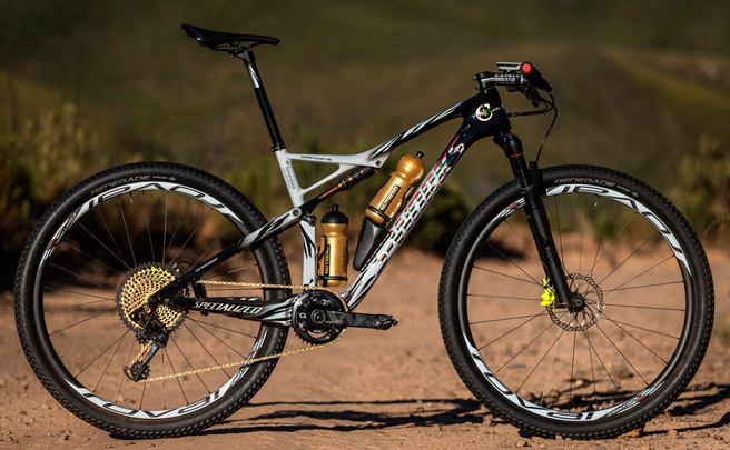 Las exclusivas Specialized S-Works Epic World Cup de Sauser y Kulhavy para la Absa Cape Epic 2017