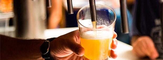¿Cuánto se puede beber? La tasa de alcoholemia de diferentes bebidas y el límite permitido en España
