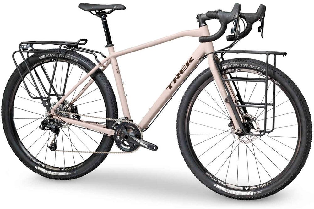 En TodoMountainBike: Trek 920 de 2018, una bicicleta polivalente para disfrutar de grandes aventuras cicloturistas